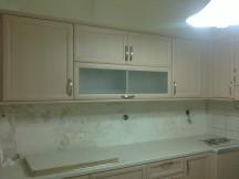 ντουλάπια κουζίνας , ξυλουργικες εργασιες , επιπλα καταστηματων , ειδικες κατασκευες επιπλων , ταπετσαρίες , λούστρα , ξυλου δρυος , ksilou drios