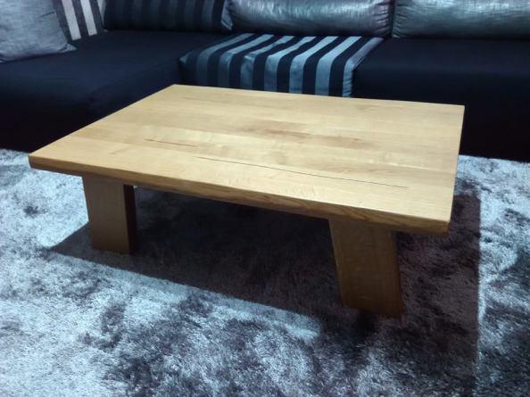 τραπέζι σαλονιού ρουστίκ δρυς , ξυλουργικες εργασιες , επιπλα καταστηματων , ειδικες κατασκευες επιπλων , ταπετσαρίες , λούστρα , ξυλου δρυος , ksilou drios