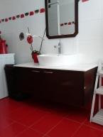 έπιπλο μπάνιου , ξυλουργικες εργασιες , επιπλα καταστηματων , ειδικες κατασκευες επιπλων , ταπετσαρίες , λούστρα , ξυλου δρυος , ksilou drios
